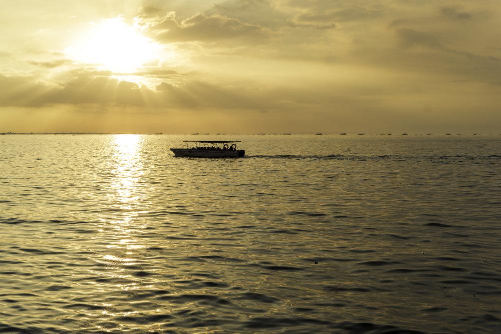 Boat-Silhouette.jpg