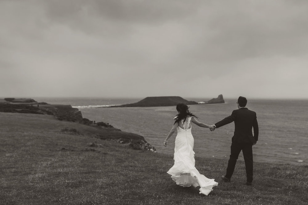 BW-rhossili-wedding-photos-swansea- (41 of 30).jpg