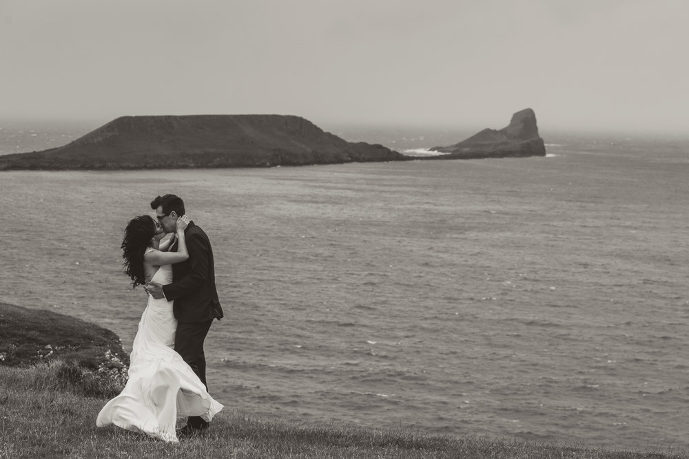 BW-rhossili-wedding-photos-swansea- (62 of 30).jpg