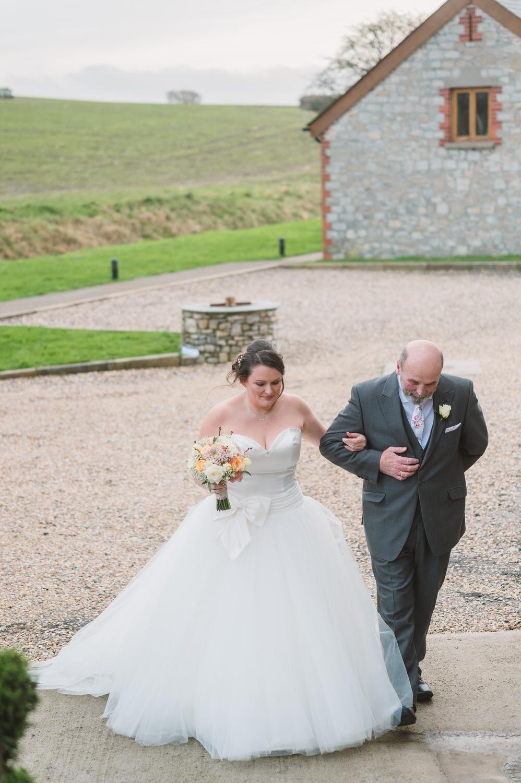Cardiff wedding photographer rosedew farm barn wedding0009.jpg