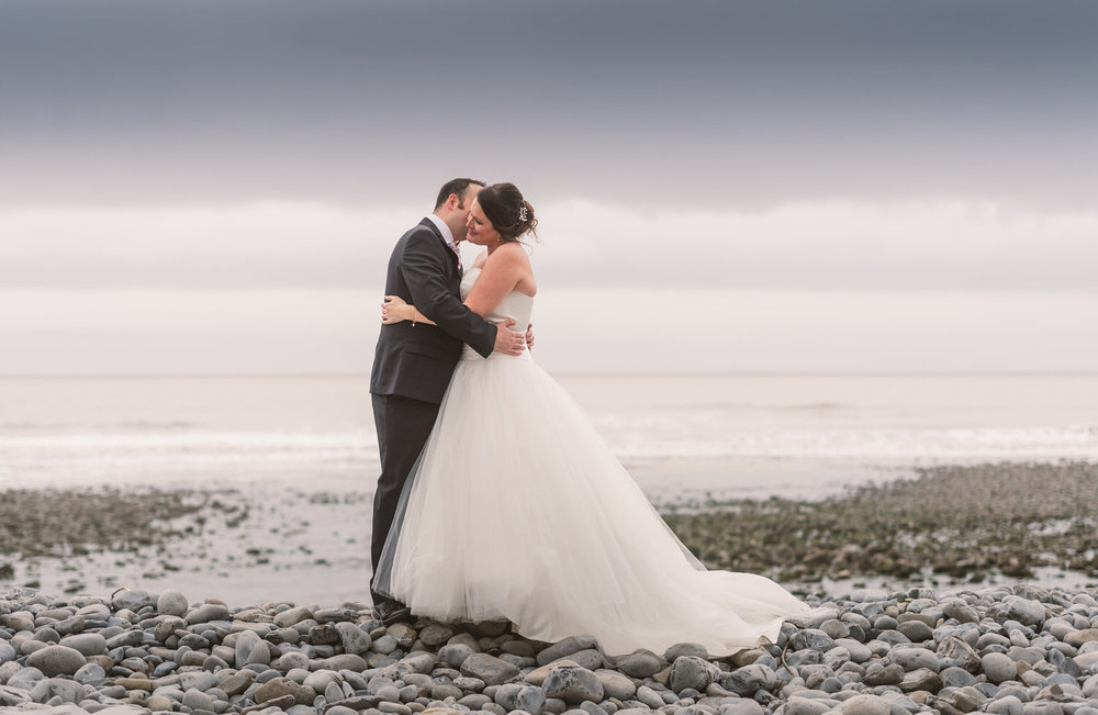 Cardiff wedding photographer rosedew farm barn wedding0019.jpg