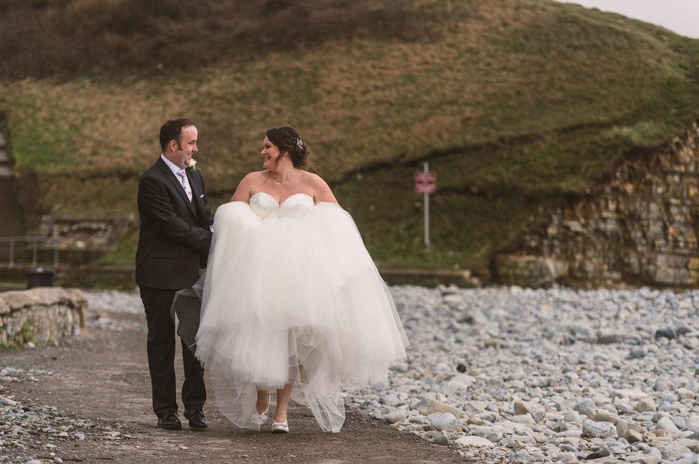 Cardiff wedding photographer rosedew farm barn wedding0022.jpg