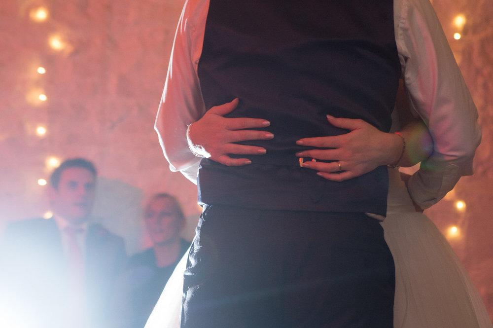 Cardiff wedding photographer rosedew farm barn wedding0030.jpg
