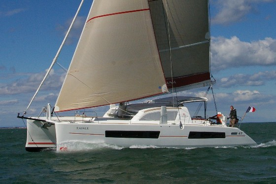 Catana Carbon 47 - 14 m luxury and high performance catamaran, large livable spaces, great comfort for life on board and easy management of kite gear.Water maker, air conditioning and gennaker.