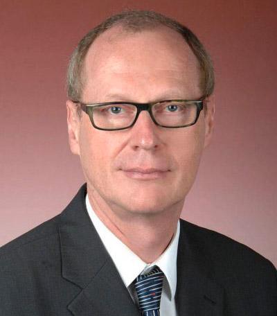 Dr. Manfred Frey