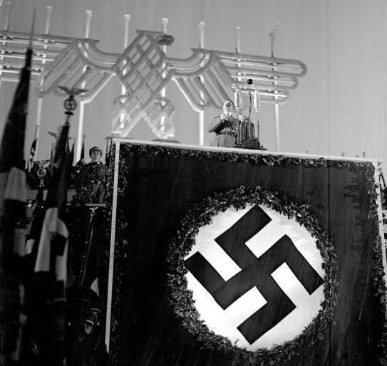 Bundesarchiv, Bild 102-04051A / CC-BY-SA 3.0