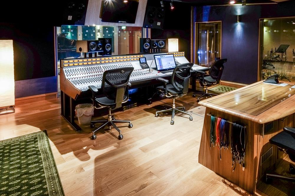 GorbalsSound-Studio 1 Control Room -92.jpg