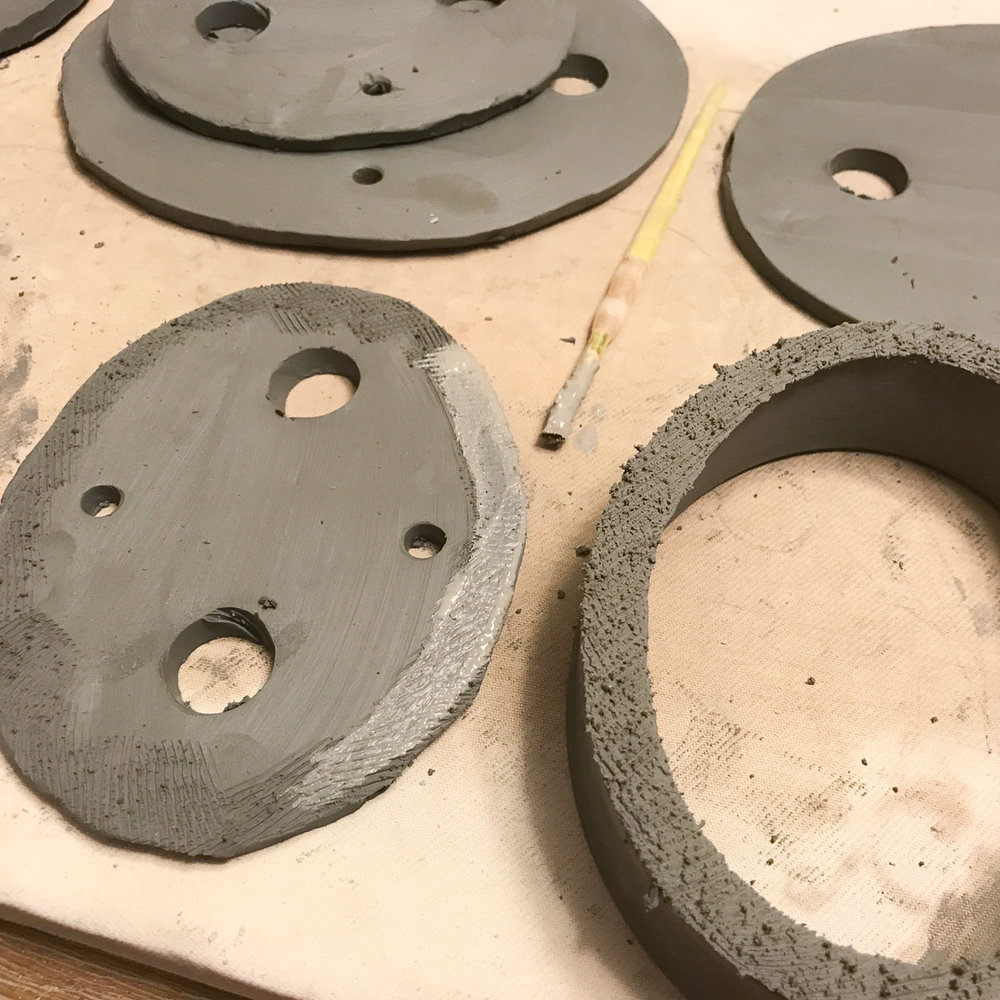 Separate oval bonsai pot components