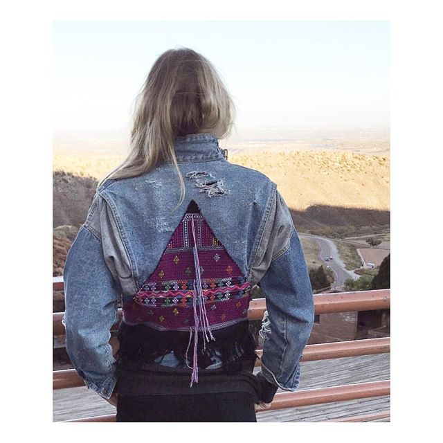 rp @kristindud 😍 what a view. Love to see our one-of-a-kind #designyourdenim beauty traveling with this babe. ✨💕✨