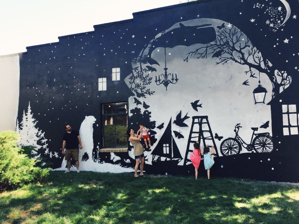 mural pics.jpg