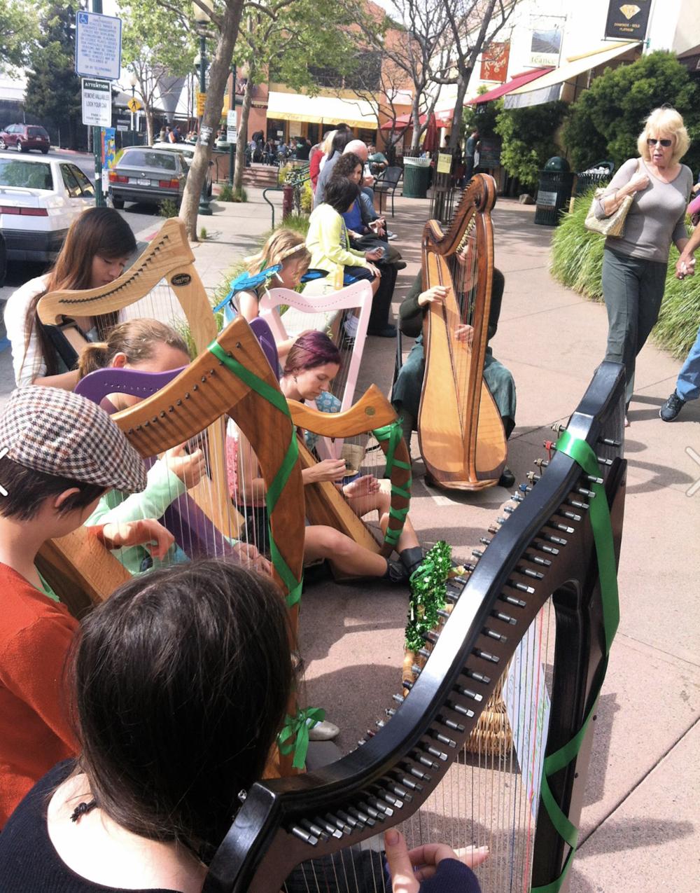 St. Patrick's Day performance // 4th St. Shops, Berkeley