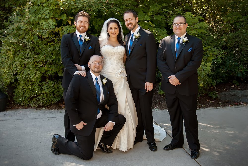 Bride with Groomsmen.jpg