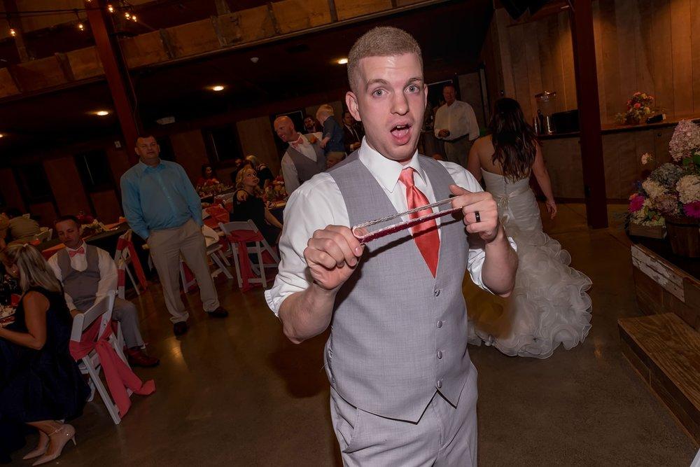garter toss 2.jpg