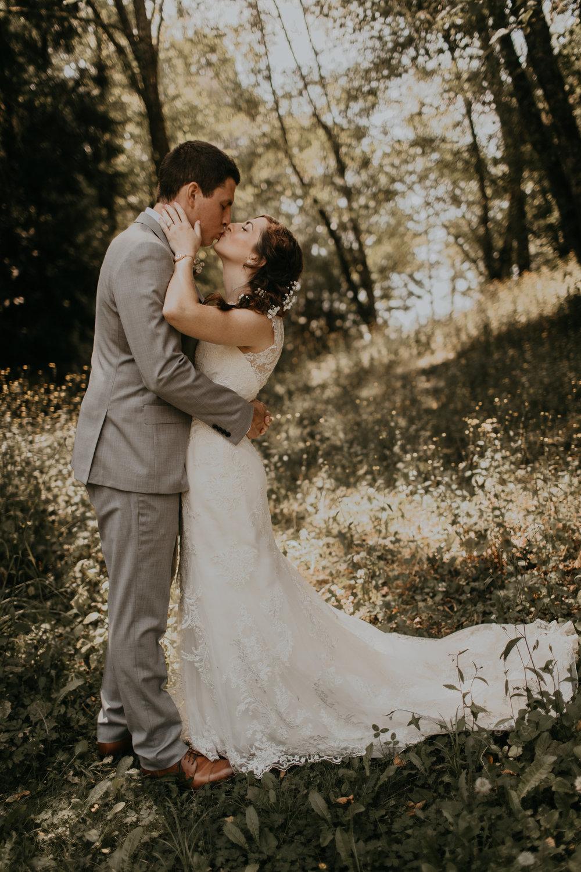 Kingston_House_Wedding_Allie+Cameron-146.jpg