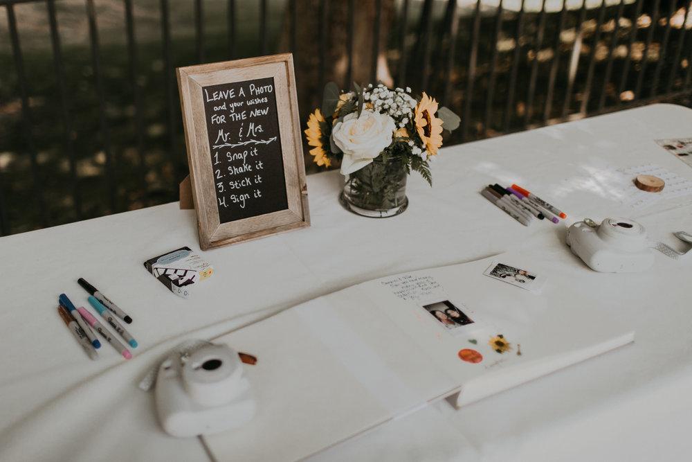 Kingston_House_Wedding_Allie+Cameron-292-2.jpg