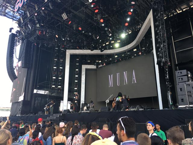 MUNA performing at Gov Ball 2017