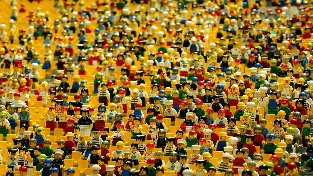 Bystander Effect Crowds