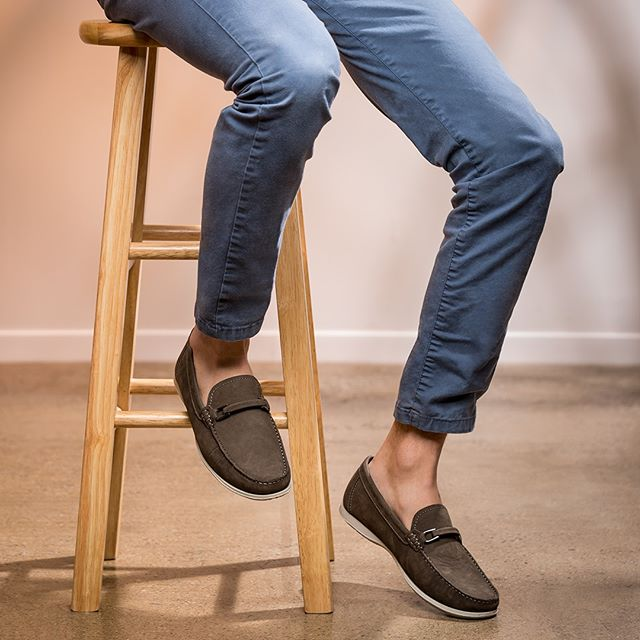 Incredible comfort meets a classic silhouette. Strut around town in these strapping loafers. . . . . #mercantifiorentini #mercantishoes #mymercanti #handcrafted #madeinitaly #leathershoes #fashion #footwear #mensfashion #menswear #ootd #mensshoes