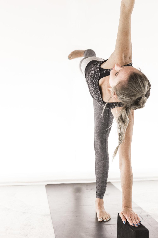 SATTVA-yoga-legs_6033.jpg
