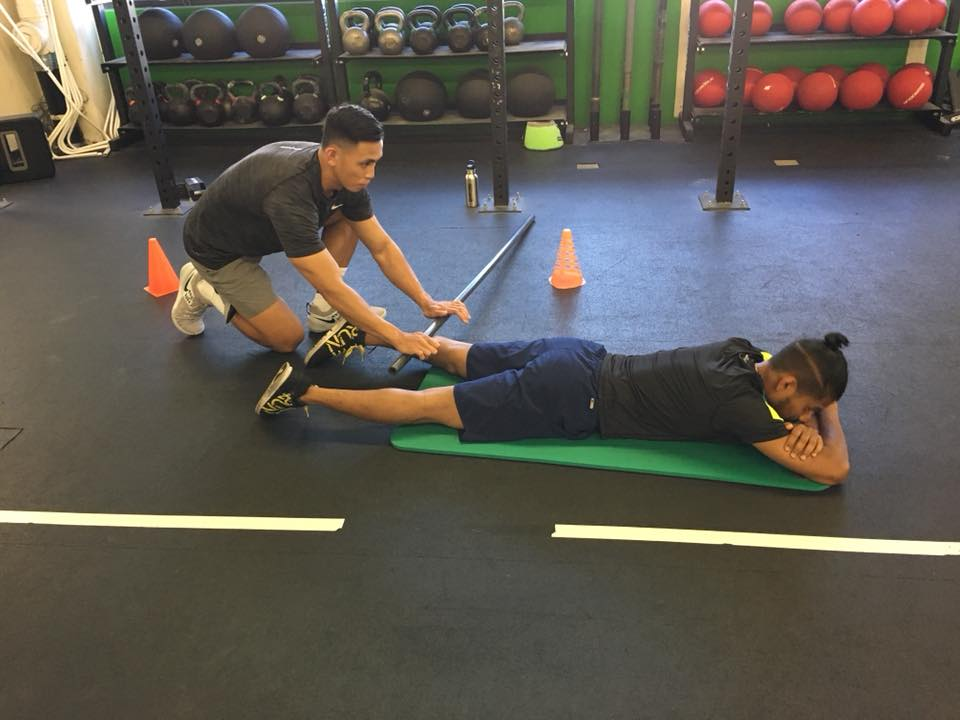 Pre-workout mobility with a partner