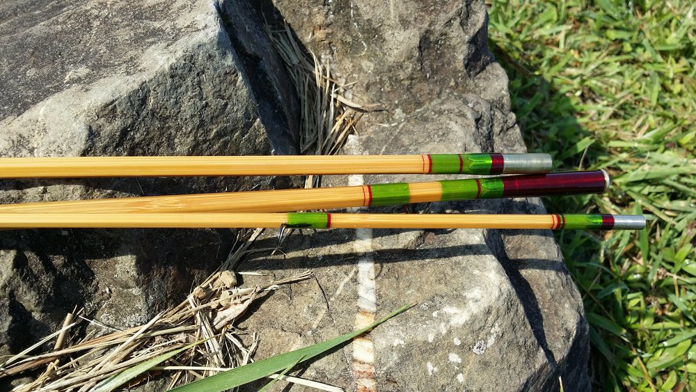 "7'-6"" 4 wt. 3 pc. blonde rod with an extra butterflied tip (extra tip not shown)"