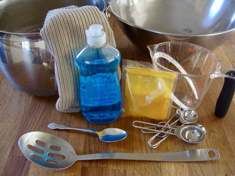 kitchen utensils for dyeing