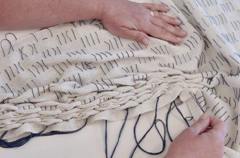 woven shibori pulling basting threads