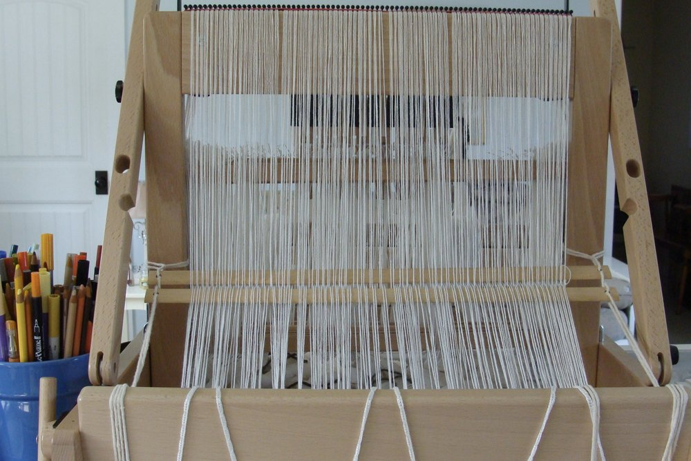 spacing warp using raddle on Jane loom