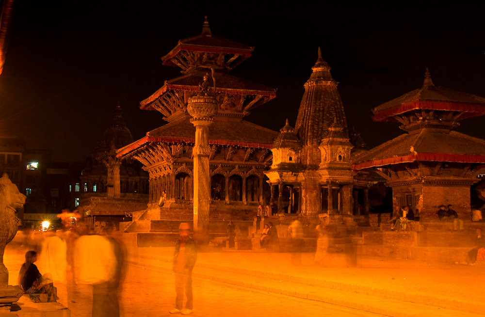 Patan Durbar Square at Night.jpg