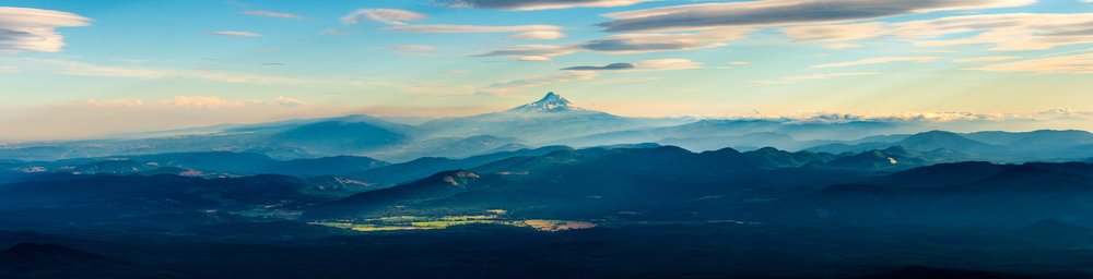 MtHood Valley_Panorama2-Edit.jpg
