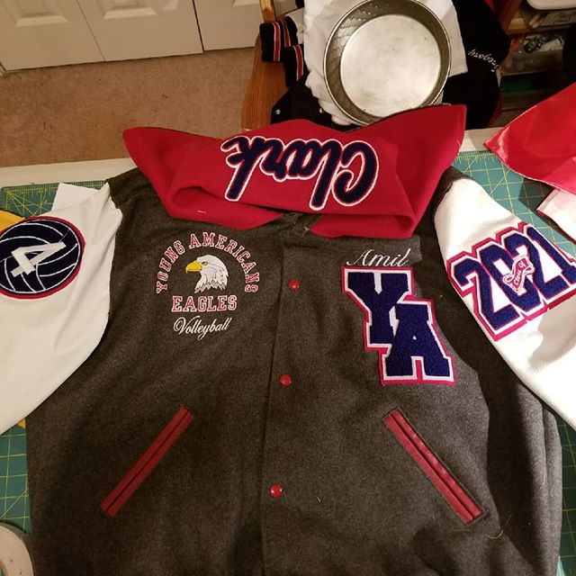 This is how we do it! Custom made to a tee! #youngamericans #lettermanjackets #patches #yac  #hollowayusa #holloway #augustasportswear #universallettering