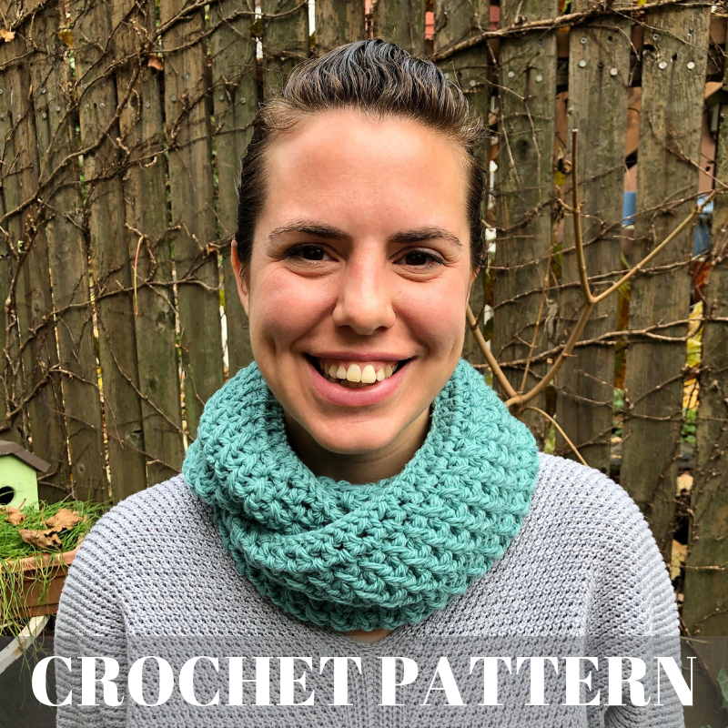 XOXO Cowl - Crochet Pattern Product Cover Image.png