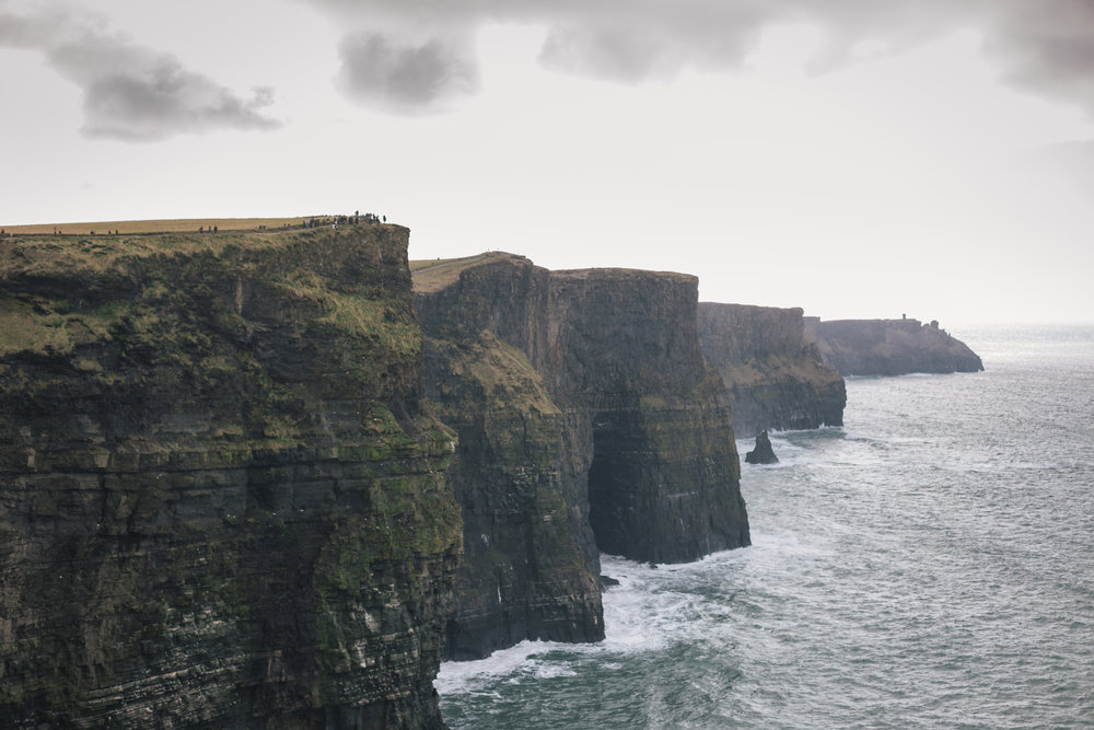 Cliffs_of_moher_March2016-4.jpg