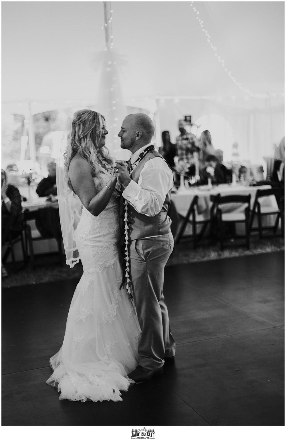 bride and groom first dance to wedding song