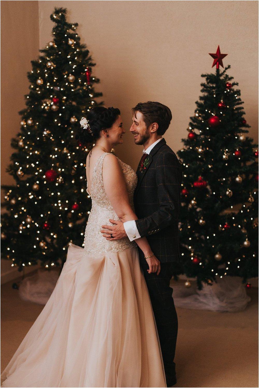 dave-and-sarah-wedding-sneak