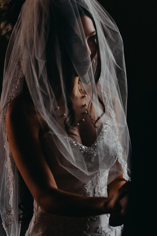 brideunderveil