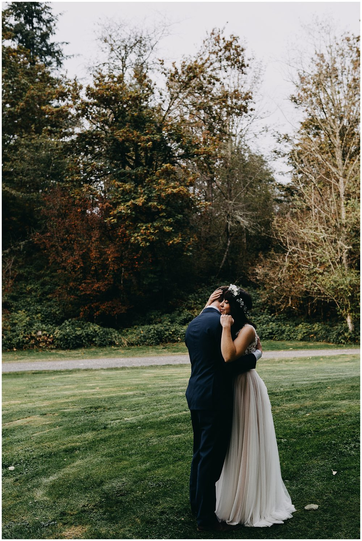 wallace-falls-lodge-wedding-evan-kelsey44.jpg