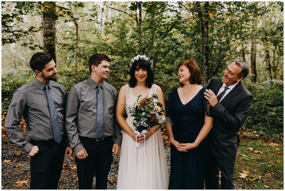 wallace-falls-lodge-wedding-evan-kelsey55.jpg