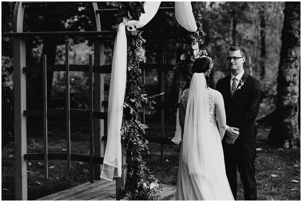wallace-falls-lodge-wedding-evan-kelsey66.jpg