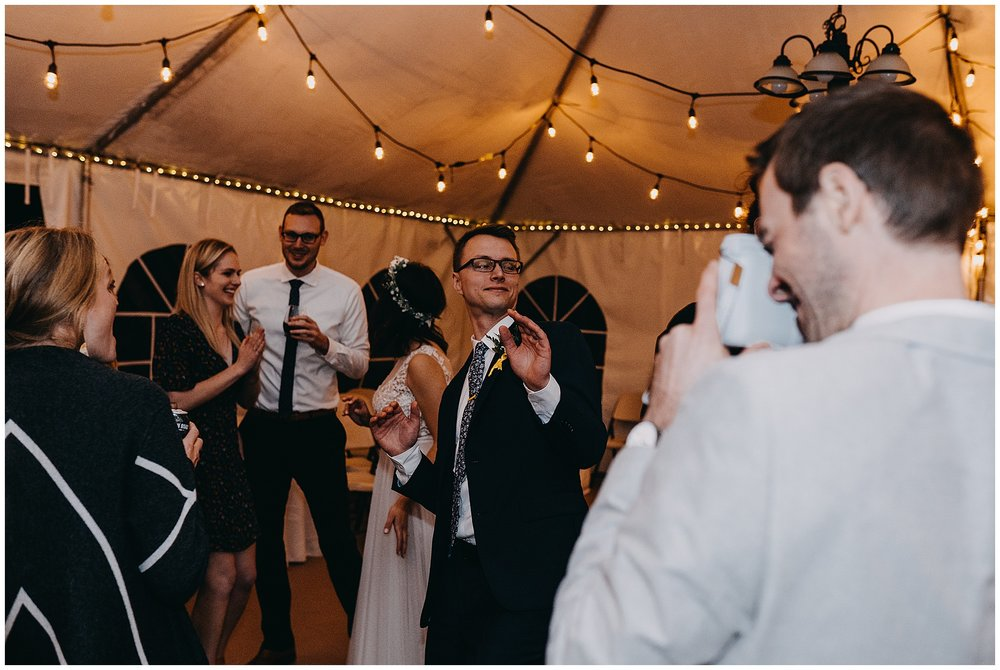 wallace-falls-lodge-wedding-evan-kelsey109.jpg