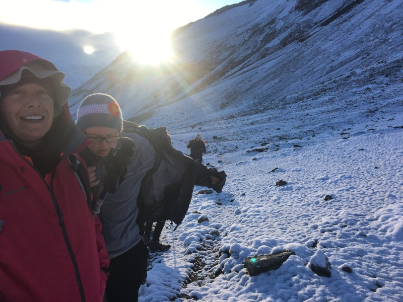 morning-hike-ausangate-mountain