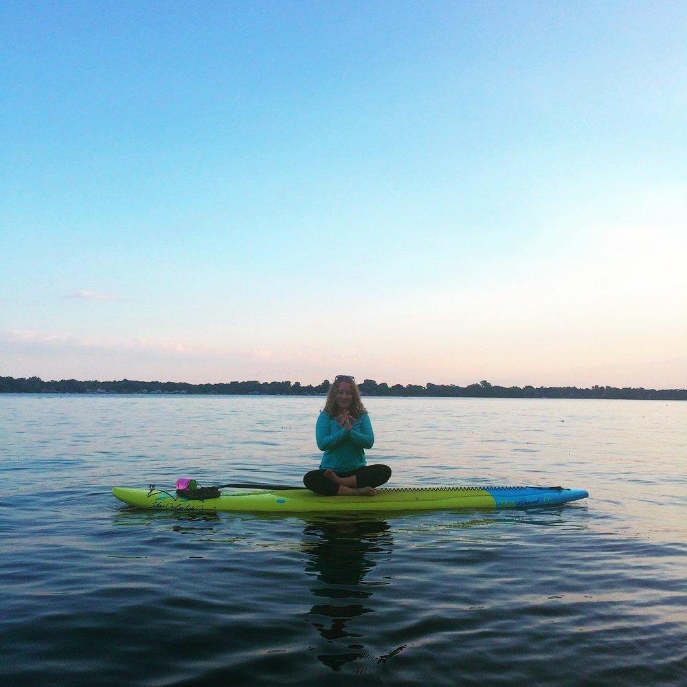 Pinckney paddle board yoga