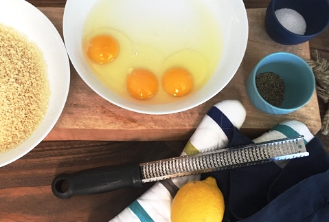 Love those super bright orange yolks. They're like glue for the panko.
