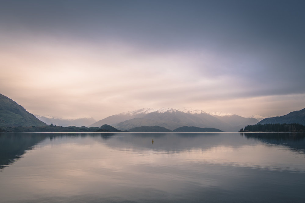 Dreamy still Lake Wanaka