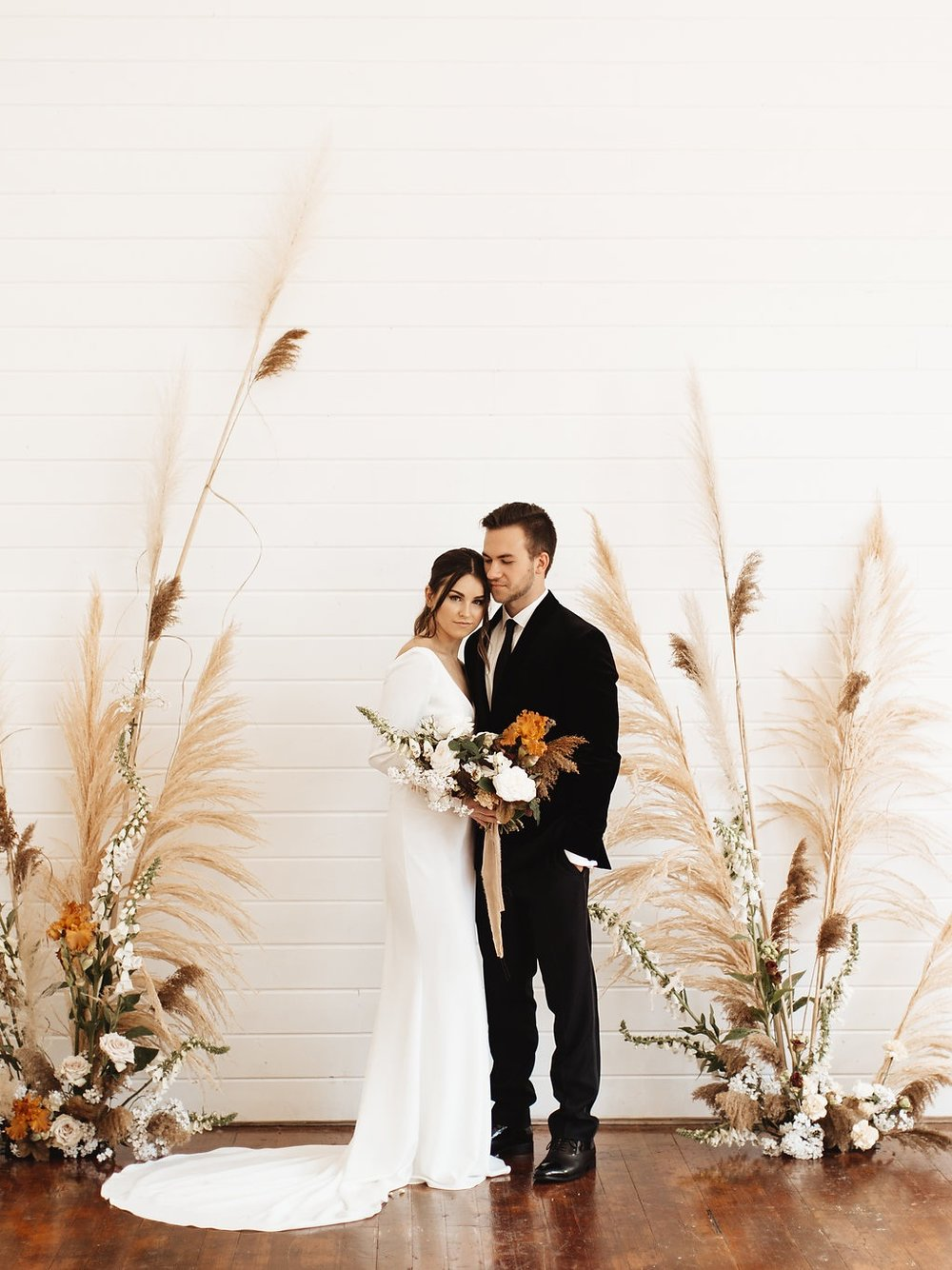 MODERN ELOPEMENT - STYLED SHOOT