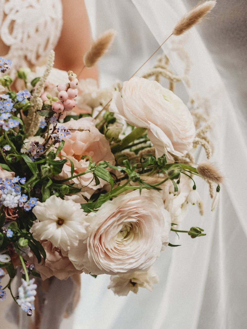 PEACH & SOFT BLUE - STYLED SHOOT
