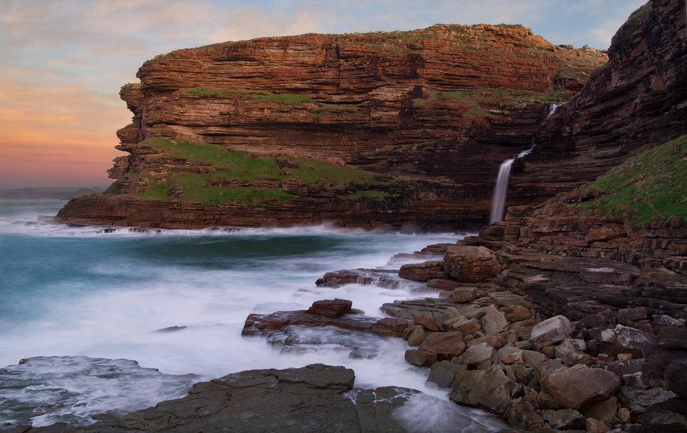 Waterfall Bluff – 3km west of Luputhana.