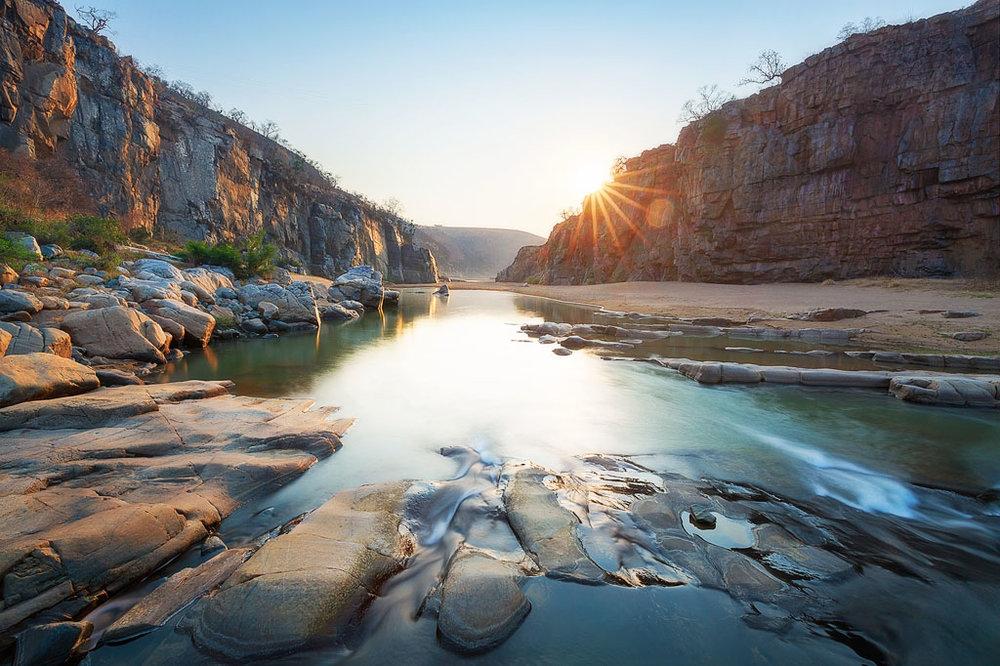Dingaan's Dawn – Sunrise from within the White Umfolozi Gorge
