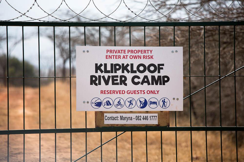 klipkloof-zululand-main-gate.jpg