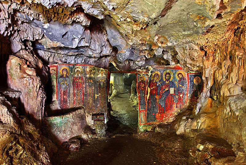 Cave of Agia Sofia - possible performance site?